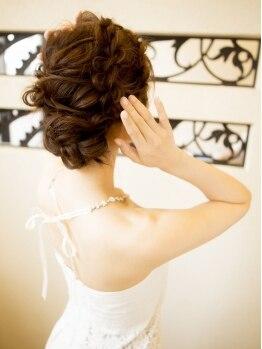 ロロニモック(LoLonimoc)の写真/結婚式やパーティー、特別なイベントもプロのヘアセットでさらなる華やかさをプラス☆