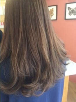 シンクジンクヘア(THINK ZINK hair)の写真/【圧倒的リピート率】口コミ◎グレイカラーが気になる女性に大人気の秘密は豊富なカラーバリエーション!