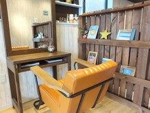 コーラル(coral)の雰囲気(2席だけの少人数サロン♪西海岸風のオシャレな店内も自慢です!)