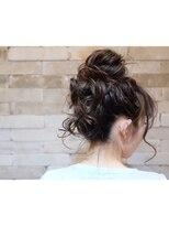 ヘアドレス レイ(Hair dress Lei)ルーズおだんごヘア