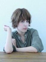 【soy-kufu】抜け感がある外国人風巻き髪ショートスタイル