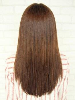 オッジヘアー(Oggi Hair)の写真/ツヤがない!パサつく!クセが強い!そんな方に人気の髪質改善縮毛矯正が登場◎