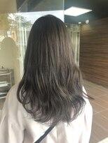 ヘアメイク シュシュ(Hair make chou chou)【林 有里子】大人かわいい×スモーキーカーキ