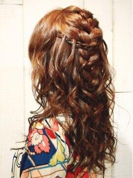 ダウンスタイル ヘアアレンジ(結婚式髪型) 大人の編み込みダウンスタイル