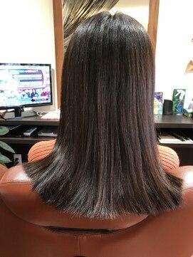 美容室 サンローズツヤ髪ヘアカラー