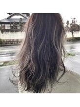 ヘアデザイン グリッター(hair design GLITTER)モノトーンアッシュ