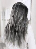 オーブ ヘアー レーン 滋賀草津店(AUBE HAIR lean)【AUBE HAIR】ホワイトグレーハイライト_シースルーストレート