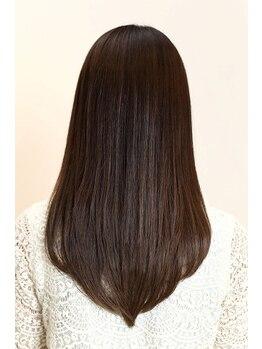 ヘアークリニック ラクシア 石巻(Hair Clinic LAXIA Ishinomaki)の写真/お客様の髪質に合わせた極潤トリートメントで、潤い・ツヤ・滑らかさのある髪へ・・・☆