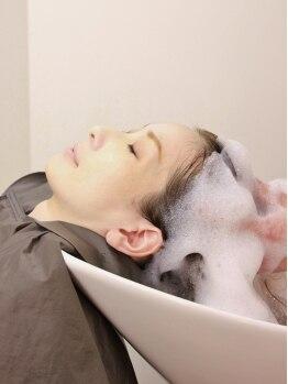 シェスタ(XES-TA)の写真/《口コミ平均4.9高評価》[アロマヘッドSPA¥2700]アロマの香りに包まれて頭・肩・首マッサージ疲れスッキリ!