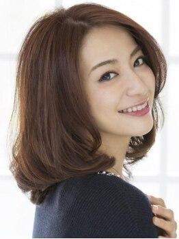 ヘアーアンドカラー ミヤ 桑園駅前店(hair & color MIYA)の写真/かたくなってしまった白髪も柔らかく綺麗に染めあげる上品な白髪カバーが得意!艶感たっぷりで若々しく♪