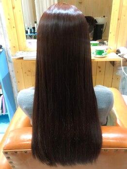 アリア(ARIA)の写真/低ダメージの【オイルinストレート♪】髪質改善を叶え、毛先の広がりまで抑えるのでお手入れも簡単に…★