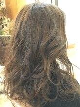 マルサンカクシカクプラスヘアー(〇△□+Hair.)