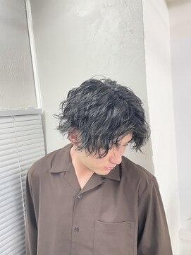 アブアイロス(LOSS)【stylist/shogo】縦落ちスパイラル×somperm(ソムパーマ)