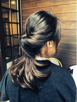 アズーラ豊田(AZURA)くるりんぱ♪でゆるっとクラシカルまとめ髪