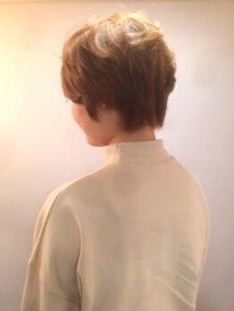 ヘアメイク エクルール(HairMake equroole)の写真/【駅徒歩30秒】主婦の方におススメ ♪癖や髪質のお悩みを解決し、洗いざらしでも決まる美フォルムヘアに!