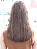 リビングユー(Livingu you)ミルクティーベージュカラーのツヤサラ美髪ナチュラルロング