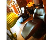 フェニーチェ アヴァンティ インターナショナルヘアサロン(fenice avanti)の雰囲気(ゆったりとお過ごし頂ける最新設備のシャンプーブース)