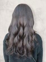 透明感のあるグレージュに特化し髪一本一本が芯から色づく♪なりたいを叶える人気サロン★【松山/美髪】