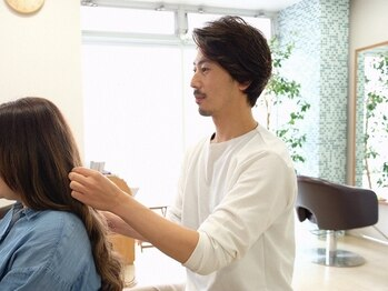 デイズヘアデザイン(DAYS hair design)の写真/経験豊富なstylistが、今だけでなく、これから先も一緒にあなたのライフスタイルに合った提案を―。