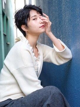 ロジェ(LOJE)【LOJE】暗髪でも似合う★ハンサムショート