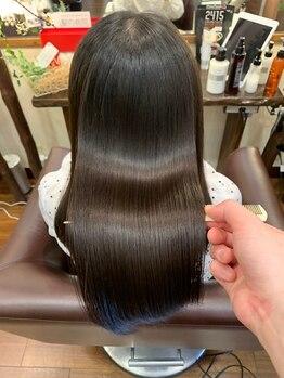 五感鷹匠by髪の病院の写真/沁みにくい安全なカラーと白髪の原因の活性酸素除去◎繰り返し染めることで美しい髪が育ちます。