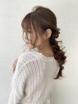 女性らしさある上品な編みおろし