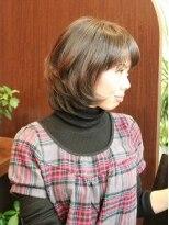 ヘアーズグロウ フリースタイル(hair's grow free style)暗いトーンでもやさしさあふれるスタイル。