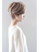 モッズ ヘア 横浜西口店(mod's hair)大人可愛いナチュラル前下がりショート【COLETTE 1998-99 A/W】