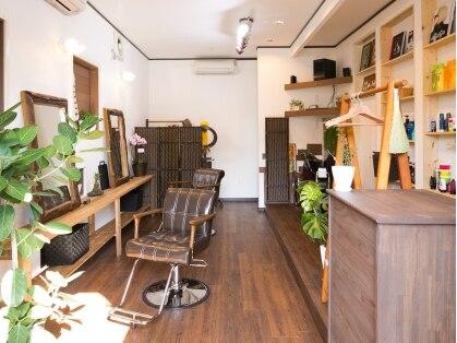 アキツ ヘアメイク ドーラ(Akitsu Hair Make Do ra)の写真