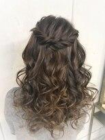 ヘアセットアンドメイクアップ シュシュ(Hair set&Make up chouchou)華やか★ボリュームハーフアップ