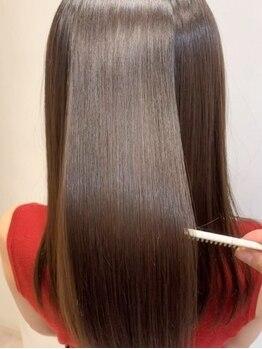 アリーズヘアー 青山(allys hair)の写真/【Aujuaソムリエ在籍】ケアブリーチ/髪質改善サイエンスアクアetc豊富にケア商材を揃えハイダメージも解決!