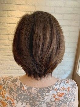 クリスタルマジック ポノポノ(ponopono)の写真/話しやすい気さくなスタイリストばかりだから、何でも相談出来る☆あなたの髪のお悩みを一緒に解決♪