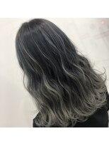 Lee梅田◆ハイライト×グラデーションカラー×黒髪風透明感