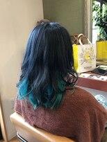 ヘアガーデンプア(Hair Garden Pua)インナーダブルカラー、おっ 真緑