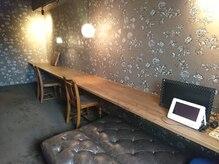 ヘアー デザイン グランツ くまなん店(Granz)の雰囲気(店内奥にお子様が遊べるスペースがございます。)