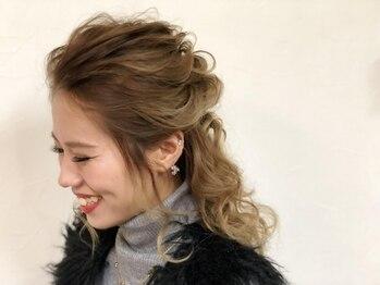 クアトロオクト(Quattro oct)の写真/女子力UPのナチュラルなアレンジスタイルで人気!可愛い髪型で今日をステキな1日に♪