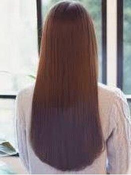 ヘアーデザイン アクトレス Hair Designs ACTRESSの写真/…自分の髪?と思わず疑いたくなる触り心地を味わえる !しなやかで柔らかいダメージ知らずのサラ艶髪に―。