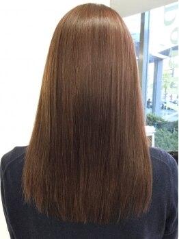 ペニーレーン 垂水店(Penny Lane)の写真/傷み髪で諦めていた方,栄養不足な髪に悩んでいる方の味方![カラー×ヘナトリートメント]で健康的な艶髪に