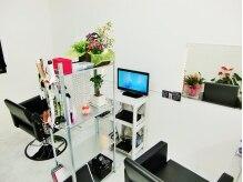 ヘアースタジオ ブリス(Hair Studio Bliss)の雰囲気(シンプルなモノトーンの店内☆海外サロンがモデルです☆)