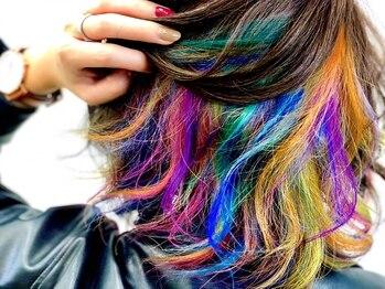 アフロディアン(AphrodiaN)の写真/[SNSで話題沸騰中♪]イルミナカラー/マニックパニックが大人気♪キレイな発色とうるツヤな髪へ―*
