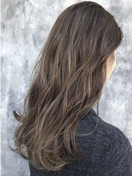ニナ(Nina by Babylone)の写真/オーガニックの最高峰 ヴィラロドラ社のカラー剤を惜しみなく使用!毎月染めてもツヤツヤの美髪へ導きます