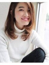 アンフレール【Un fleurが叶える…】ミルクティーカラーのふわミディ☆朝倉咲
