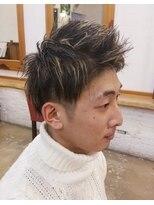 リューズスタジオ(Ryu's STUDIO)黒髪ショート×ハイライト