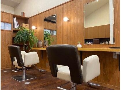 シライノブコ美容室の写真