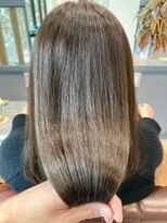 ティルヘアー(TiLL HAIR)ピスタチオグリーン 透明感 赤みゼロカラー