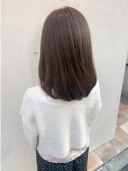 リベルテ(Liberte)の写真/【当日予約OK♪】《ファイバープレックス》使用の縮毛矯正でダメージレスに!朝のお手入れも簡単♪