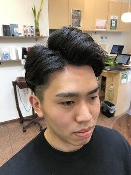 ヘアーズビューティー エルツー(Hair's Beauty L2)7.3風ツーブロックヘアー