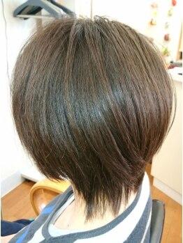 マルミ美容室の写真/カットだけで髪の悩みをカバーする技術に定評あり☆ショートスタイルのオーダーが多いのも実力の証☆