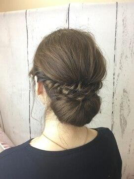 冬におすすめのワンピースのコーデ例8つ・ワンピースに合う髪型