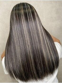 フィーネ 柏(Fi-Ne)の写真/ハイライトカラ-や3Dカラ-が断然人気!!施術前より美しい髪【カラ-+3Dカラー+シルクトリ-トメント¥12000】